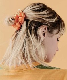 Exquisite Medium Blonde Ombre Half Updo Hairstyles for Teenage Girls