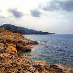 #photooftheday#reflection#webstagram#wanderlust#scenery#blue#landscapes#liveauthentic#water#nature#canon#weather#earth#getoutside#ocean#wonderful_places#تصويري#عدستي#island#summer#beautifuldestinations#beauty#seashore#صباح_الخير#tropical#exklusive_shot#sunshine#summer#scenery#mountains#stone