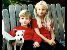 Taylor Swift - Rear And Awesome Taylor Swifts Childhood Photos