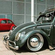 Classic Car News Pics And Videos From Around The World Volkswagon Van, Vw Volkswagen, Vw Bus, Vw Camper, Hot Vw, Vw Classic, Vw Vintage, Vw Beetles, Hot Cars