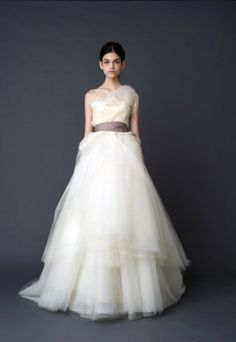 Vera Wang Spring 2012 Collection - Hazel - strapless sweetheart natural-waist ballerina ballgown with sunburst pleating and tiered confection skirt. Omg!!!!!!!!