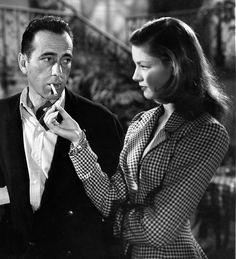 Film Noir Humphrey Bogart and Lauren Bacall. Old Hollywood Glamour, Golden Age Of Hollywood, Vintage Hollywood, Hollywood Stars, Classic Hollywood, Hollywood Couples, Hollywood Jewelry, Hollywood Cinema, Humphrey Bogart