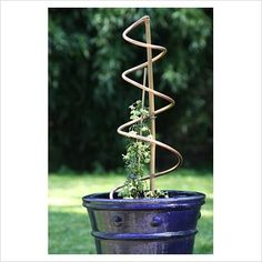 diy: copper tube spiral for climbing plants...