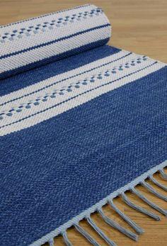 randig trasmatta i bomull - Nylanders Mattor Jute Rug, Woven Rug, Woven Fabric, Loom Weaving, Hand Weaving, Weaving Designs, Tear, Natural Rug, Handmade Rugs
