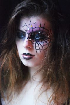 Louise La Cerise - Blog Mode et Beauté Rennes: Halloween Week The Black Widow