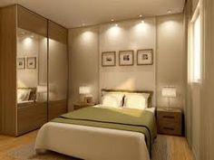 decoração de quarto de casal pequeno com guarda-roupa - Pesquisa Google