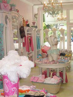 Faire Frou Frou Lingerie Store (Paris) <3<3<3<3<3