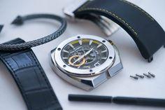 Με τι θα χαλαρώσεις το weekend; Εμείς θα δοκιμάσουμε ένα χαλαρωτικό puzzle... #lockdown #swiss_made Smart Watch, Watches For Men, Accessories, Smartwatch, Men's Watches, Jewelry Accessories