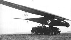 1925 - Wasserkuppe Glider-Contest A Hanomag Kleinstautomobil, nicknamed as Kommißbrot, transport the Record-glider Moritz, designed and fly by FAI-World-champion Arthur Martens.