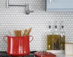Retro honeycomb backsplash