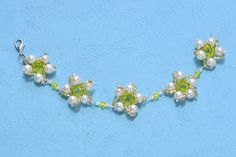 Pearl bracelets are so elegant that many girls love them so much, Some girls also want to add elements to light the pearl bracelet up, here it is, I will show you how to make a flower beaded bracelet.