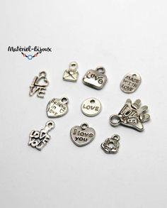 breloques sur le thème de l'amour (love) pour se constituer une petite collection de breloques lors de la création de bijoux fantaisie. 3,99€ les 10 breloques