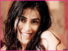 Genelia D Souza Biography HD Wallpapers Free Download