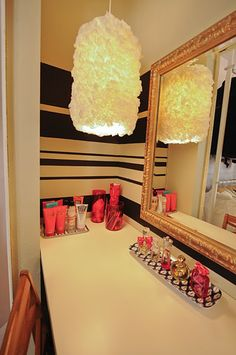 Domestic Jenny: dressing room - where's that from? My New Room, My Room, Pink Closet, Teen Closet, Glam Closet, Closet Space, Teen Bathrooms, Dream Rooms, Diy On A Budget