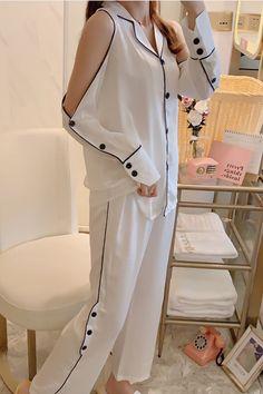 Sexy Pajamas, Pyjamas, Girls Fashion Clothes, Fashion Outfits, Pijamas Women, Pajama Suit, Korean Fashion Dress, Night Suit, Sleep Set