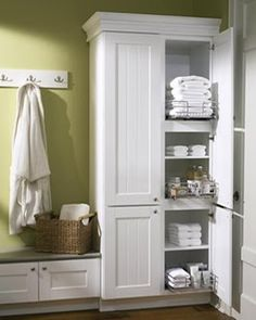 49 Hanging Bathroom Storage Ideas to Maximize your Small Bathroom Space - GODIYGO.COM Hanging bathroom storage ideas to maximize your small bathroom space 29 Bad Bank, Bathroom Linen Closet, Linen Closets, Bathroom Linen Cabinet, Bench In Bathroom, Modern Bathroom, Bathroom Plans, Simple Bathroom, Bathroom Ideas