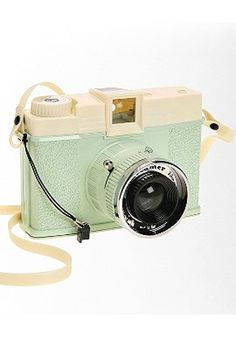 Celebrities who wear, use, or own Lomography Diana + Dreamer Camera. Also discover the movies, TV shows, and events associated with Lomography Diana + Dreamer Camera. Old Cameras, Vintage Cameras, Polaroid Cameras, Antique Cameras, Digital Cameras, Photography Camera, Photography Tips, Pregnancy Photography, Landscape Photography