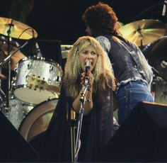 ♥ Rumours tour~ Stevie sporting crimped hair