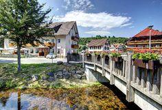 Das Hotel-Restaurant Schwörer ist die ideale Location für einen Kurzurlaub mit langen Wanderungen durch den schönen Schwarzwald. #Vatertag #travel #holidays #weekend #Kurzurlaub #imUrlaubwiezuhausefühlen #Ferienhaus #spontan