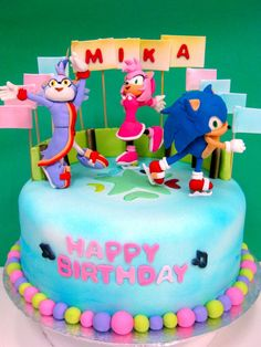 I NEED A CAKE LIKE THIS FOR MY B-DAY!!!!