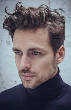 25 Sexy Curly Hairstyles & Haircuts for Men in 2020 - The Trend Spotter