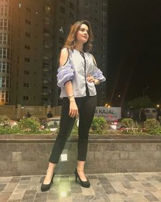 Minal khan Beautiful Dresses For Women, Girly Pictures, Pakistani Actress, Bollywood Fashion, Pakistani Dresses, Stylish Girl, New Trends, Chic Outfits, Designer Dresses