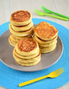 gluten free + lactose free pancakes, they are delicious! Lactose Free Recipes, Fodmap Recipes, Sugar Free Recipes, Paleo Recipes, Fodmap Breakfast, Clean Eating Breakfast, Breakfast Ideas, Foods With Gluten, Sans Gluten