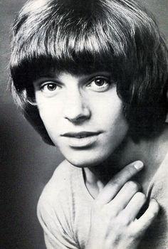 Peter Frampton (born: April Bromley, United Kingdom) is an English… 60s Music, Music Love, Young Celebrities, Celebs, Peter Frampton, Rap, Grunge, Childhood Photos, Por Tv