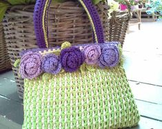 Roselline Purse by NTmaglia - worked with DROPS Paris. Downloadable .pdf pattern