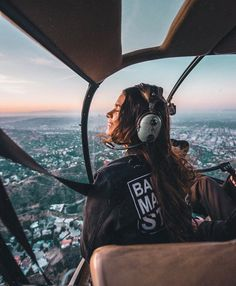 One of those epic moments in life. The video will be up tomorrow Thank you @copterpilot & @discoverla for this! | Pc: @oscarminyo ♥️ #lostinla