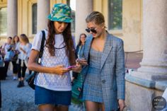 Milan SS 2018 Street Style: Joan Smalls and Hailey Baldwin Street Look, Street Chic, Street Snap, Cool Street Fashion, Street Style, Joan Smalls, Hailey Baldwin, Ukraine, Outfit Of The Day
