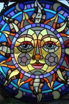 AMIA Stain glass sun catcher Celestial Sun face spectacular colors with chain Stained Glass Projects, Stained Glass Patterns, Stained Glass Art, Stained Glass Windows, Mosaic Art, Mosaic Glass, Mosaics, Glass Vessel, Fused Glass