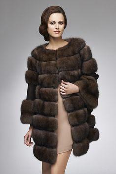 Russian Barguzin Sable Fur and Cashmere Stroller Sable Fur Coat, Fur Coat Fashion, Maternity Fashion, Maternity Styles, Style Guides, Cashmere, Sexy Women, Beautiful Women, My Style