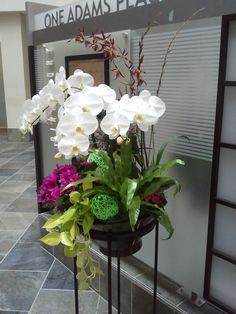 A floral arrangement made by Evergreen Tropical Interiors.