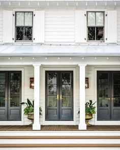 So much dreaminess in one pic. by @minettehand #weallcandreamright #barrowbuildinggroup #renovations #frontporch #exteriors #lowcountry…