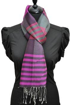Echarpe à rayures violette en soie