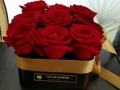 Click here to ORDER  Many a heart has been won with luscious red roses. If there is a heart you'd like to win or re-win, you can't go wrong withthis legendary gift of love. Contact us in the morning and we can delivery for you in the evening time ( Cork/Ireland) or next day.  Details:   You can choice a designed box in 4 sizes: (S, M, L , XL)  You can choice the box material:(tin, plastic, cardboard)  You can choice the flower box shape:(round, square, heart shape)  You can ...