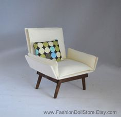 Doll chair_ mid century_for Blythe-, Barbie-, Momoko- and Fashion Royalty diorama.