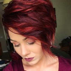 photos and videos from Bonnie Angus ( Short Red Hair, Burgundy Hair, Hair Color Dark, Short Haircut, Hair Color Balayage, Pixie Hairstyles, Hair Dos, Hair Hacks, Hair Inspiration