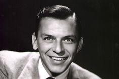 A biografia não autorizada de Frank Sinatra causou polêmica antes mesmo do seu lançamento. Ele processou a autora Kitty Kelley, que alegava que a mãe do cantor tinha um serviço ilegal de abortos  (Foto: Getty Images)