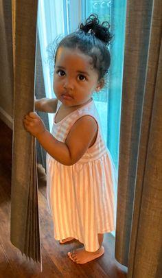 Cute Little Baby, Cute Baby Girl, Little Babies, Cute Kids Fashion, Cute Outfits For Kids, Beautiful Black Babies, Beautiful Children, Cute Mixed Babies, Cute Babies