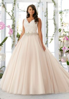 Embroidered Lace Bodice Edged with Beading onto the Tulle Plus Size Wedding Dress. Embroidered Lace Bodice Beading Tulle Plus Size Wedding Dress.