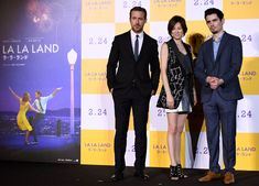 Ryan Gosling, director Damien Chazelle, and Japanese actress Ryoko Yonekura pose for a photo session during the Japan premiere of the film 'La La Land' in Tokyo on January 2017 Best Director, Film Director, Damien Chazelle, Madame Tussauds, Ryan Gosling, Golden Globe Award, Screenwriting, Berlin, Promotion
