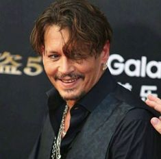 Johnny Depp May-2017 love that smile!