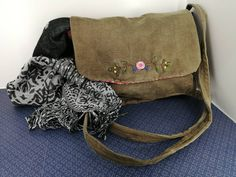 Hipster Women, One Bag, School Bags, Travel Bags, Corduroy, Drawstring Backpack, Messenger Bag, Going Out, Bears