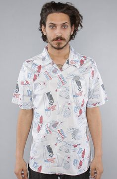 232e230322 Vans The Casual Friday Aloha Buttondown Shirt in White Surf Kooks Model is  wearing a size Medium Short sleeve button down shirt featuring a faded  allover ...