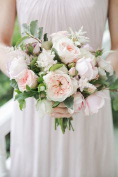blush colored rose bouquet | Photography by carolinejoy.com, Design and Florals by http://thenouveauromantics.com  Read more - http://www.stylemepretty.com/2013/08/13/austin-wedding-from-the-nouveau-romantics-caroline-joy-photography/
