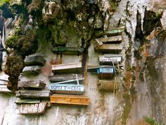 From tombs in Egypt, to hanging coffins in the Philippines, here are 13 cemeteries to see before you die. Voyage Philippines, Les Philippines, Philippines Travel, Most Haunted Places, Spooky Places, Cool Places To Visit, Places To Travel, Places To Go, Fotografia Post Mortem