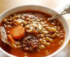 Weinberger - Zöldséges lencseleves füstölt hússal Chili, Beans, Soup, Vegetables, Chile, Vegetable Recipes, Soups, Chilis, Beans Recipes