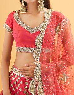 Then you've got to check out Abhinav Mishra's Mirror Work Lehengas from his 2019 spring summer collection. Indian Bridal Fashion, Indian Fashion Dresses, Indian Outfits, Indian Gowns, Wedding Lehenga Designs, Designer Sarees Wedding, Mirror Work Lehenga, Indian Bridesmaid Dresses, Wedding Dresses
